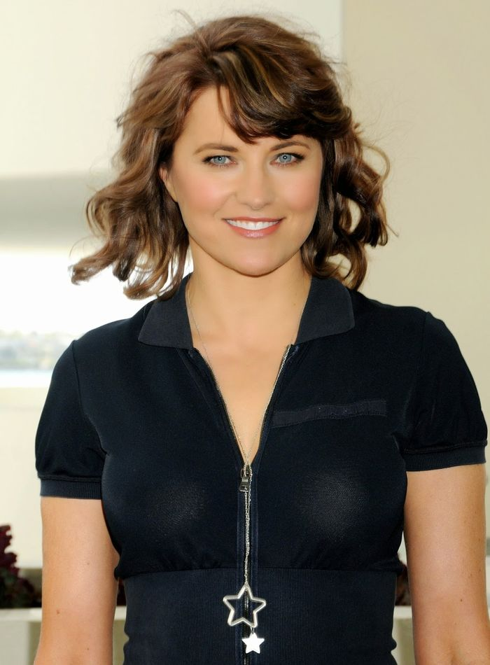 Lucy Lawless mensuration