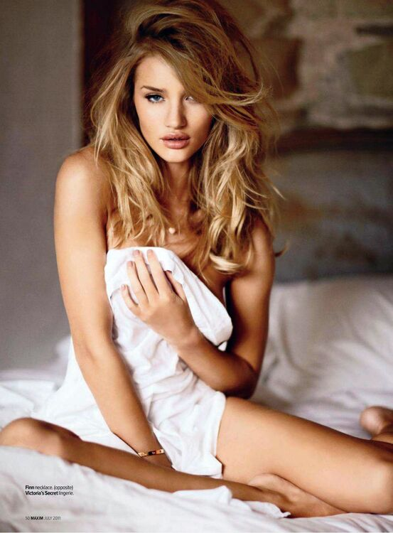 Rosie Huntington-Whiteleymensuration