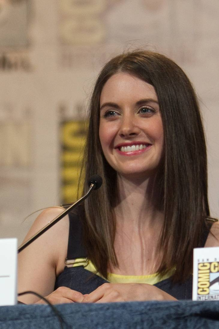 Alison Brie Nua how old is alison brie, his height, his weight.