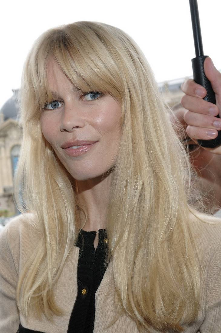 Claudia schiffer taille   By nicolas genin [CC BY-SA 2.0 (https://creativecommons.org/licenses/by-sa/2.0)], via Wikimedia Commons