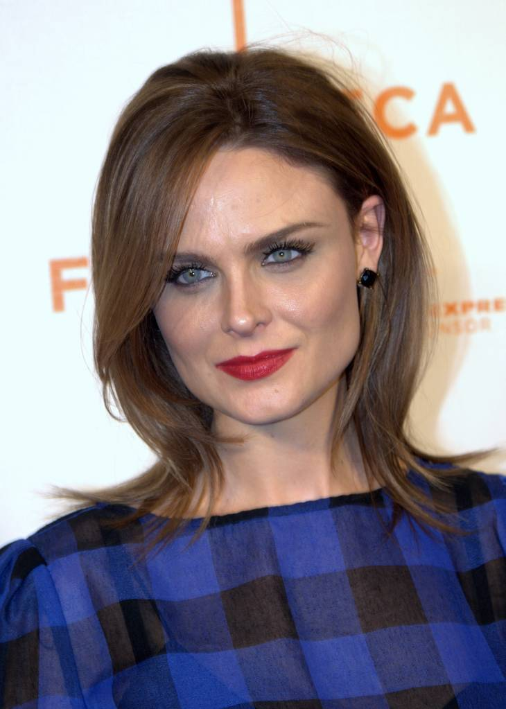 Emily Deschanel peso | By David Shankbone (David Shankbone) [CC BY 3.0 (http://creativecommons.org/licenses/by/3.0)], via Wikimedia Commons