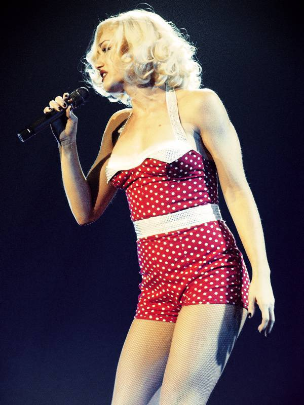 Gwen Stefani medidas | By jelizen (Flickr) [CC BY 2.5 (http://creativecommons.org/licenses/by/2.5)], via Wikimedia Commons