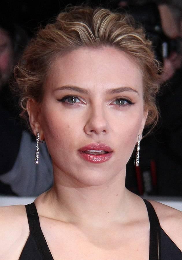 Scarlett Johansson größe | Foto: © JCS/, via Wikimedia Commons